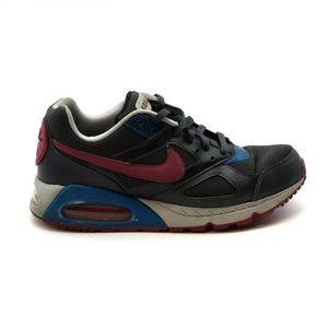 Nike Women's Air Max IVO  Running Shoe Size 9.5